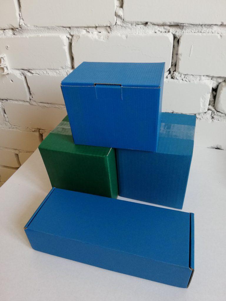 коробки в цвете